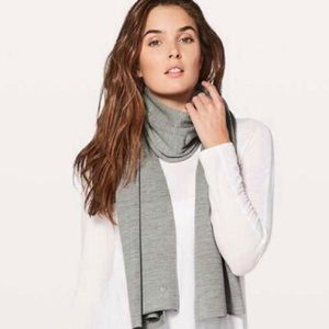 Lululemon All That Shimmers / Cozy Up Scarf NWT
